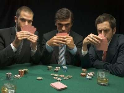 Как начать зарабатывать, играя в покер
