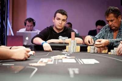 Обзор удобной покерной платформы